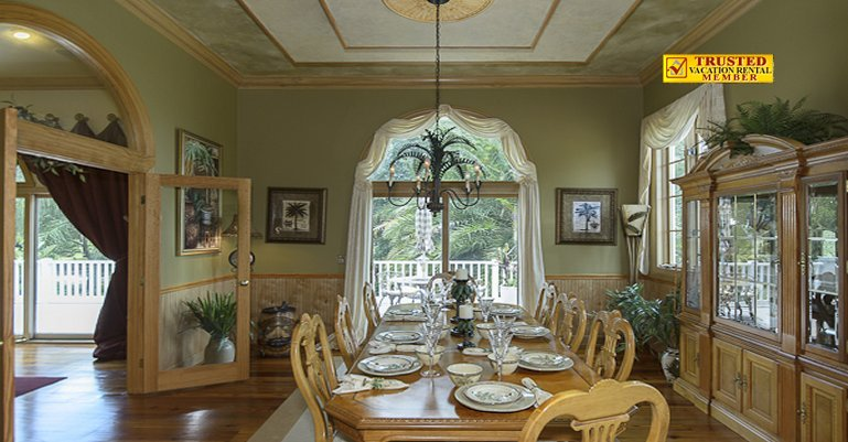 Luxury Eat In Kitchen Vs Formal Dining Room