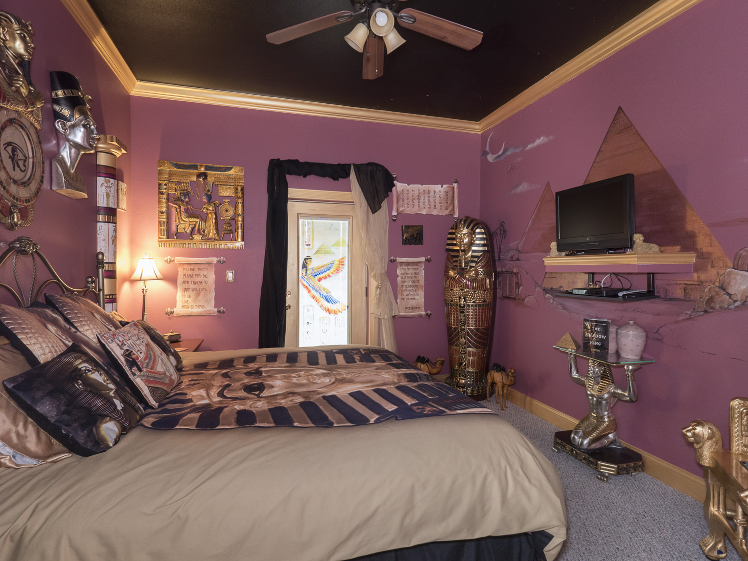 egyptian themed bedroom - mummy room at The Ever After Estate near Orlando, FL